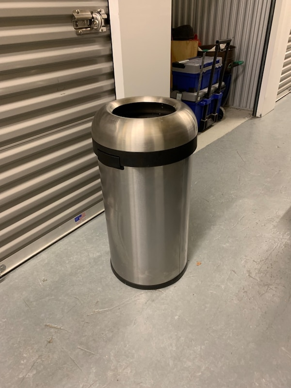 Simple Human kitchen trash can