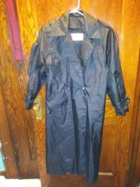 J.Gallery trench coat size 6 Youngstown