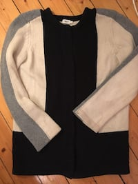 Filippa k pure wool - white, grey & navy size small