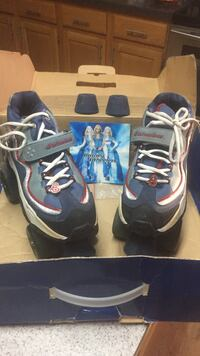 Roller skates brittany spears size 7.5