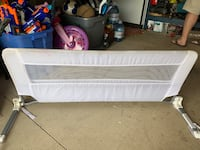 Child's bed rail easy to attach