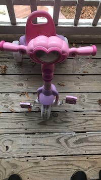 toddler's purple and pink trike Charlotte, 28226