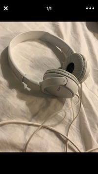 gray and black Beats by Dr Raleigh, 27612