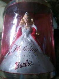 Barbie doll with white dress box Oakland, 94605