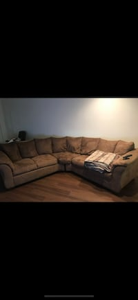 2-Piece Sectional New York, 11221