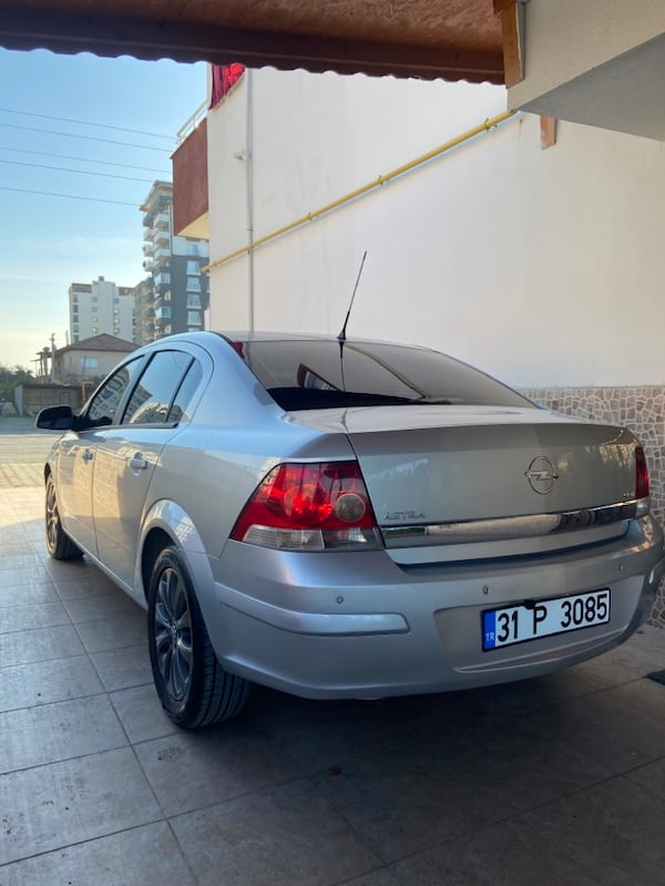 2011 Opel Astra 1.3 CDTI 90HP ENJOY 111. YIL 4