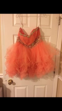 Coral Formal / Prom Strapless Dress Baltimore, 21213