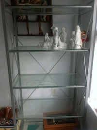 5 shelves metal and glass Hagerstown, 21740