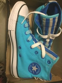 blue-and-white Converse All Star low tops 32 mi