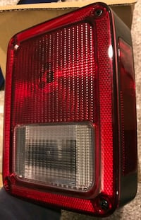 Jeep aftermarket passenger side tail light Pasadena, 21122