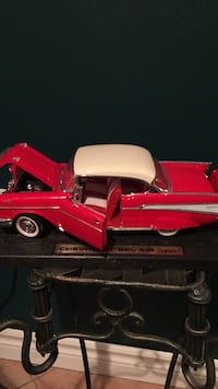 red and white truck die-cast model Vaughan, L4H 1J9