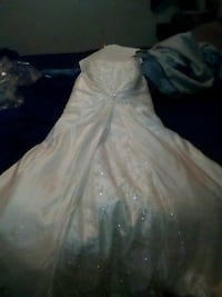 Fairy Tale Wedding Gown - PRICE JUST REDUCED! Calgary, T1Y 5C6