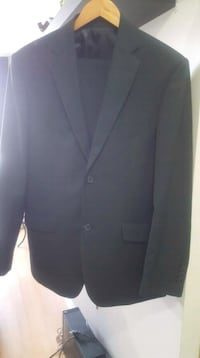 Mens black suit brand new!  Mississauga, L5B