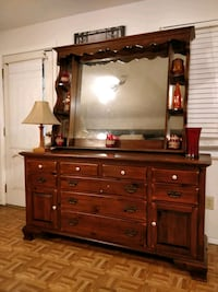 Nice solid wood big ETHAN & ALLEN dresser with big mirror, 11 drawers, Annandale, 22003