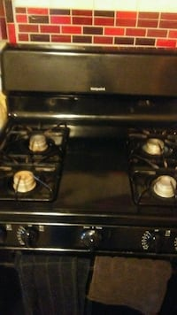 black stove Hotpoint good condition Baltimore, 21229