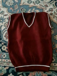red and white sleeveless top 6-7year Montréal, H1G