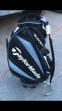 black and white Titleist golf bag Stamford, 06901