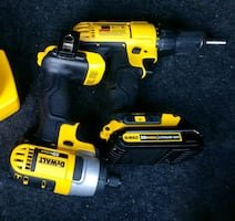 20v max Cordless impact driver+Drill driver,2 sets of bits.One battery