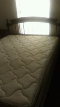 Queen size bed three and a half for years old Copperas Cove, 76522