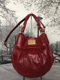 Marc By Marc Jacobs Red Leather Hobo Shoulder Bag Burnaby, V5C 2J9