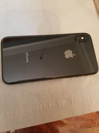 iPhone X comes with box and accessories... condition 10/10 and price is negotiable.. serious buyers only please .  Toronto, M9M 2B7