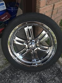 Summer tires. 6 bolt, Hankook  [PHONE NUMBER HIDDEN] W. One centernouece missing from time   Barrie, L4N 5X8