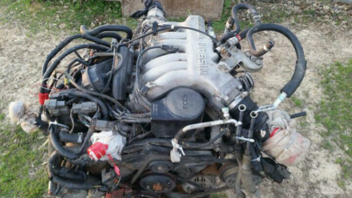 Photo 1995 Nissan Pathfinder Motor Complete