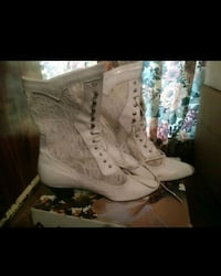 white floral leather heel mid-calf boots Durham, N0G 1R0