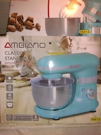 Ambiano Mixer comes with two mixer attachments and bowl