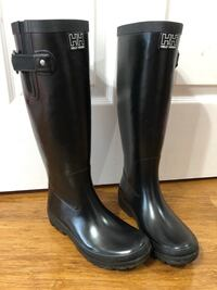 Pair of black Helly Hansen rain boots Silver Spring, 20904