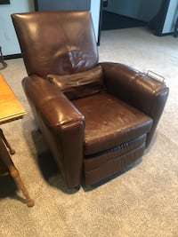 Leather recliner Germantown, 20876