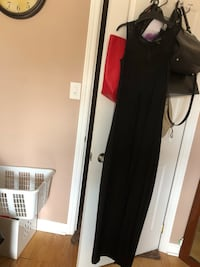 Black maxi dress with slits ,,mesh neckline ,, looks beautiful worn once ,, looks very new  Markham, L3P 2T5