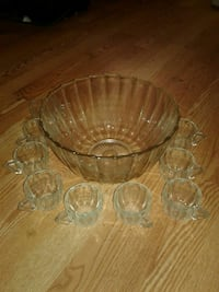 Crystal punch Bowl 12 cup set, nice  Lake Worth, 33463