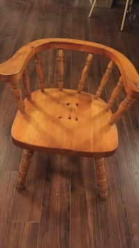 Wooden chair 558 km