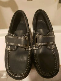 Navy blue size 30 loafers. Made in Europe Toronto, M6L 1X7
