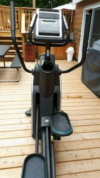 black and gray stationary bike Clarence-Rockland, K4K