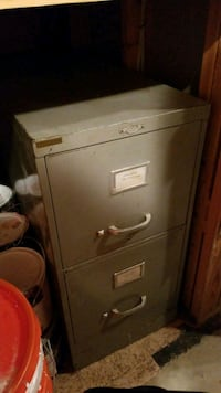Filing cabinet  Dearborn Heights, 48125