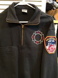New Official FDNY sweatshirt size Medium East Islip, 11730