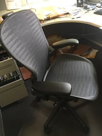 HermanMiller Arron chair East Gwillimbury, L0G 1V0