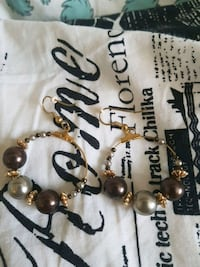 black and brown beaded necklace Kelowna, V1W 3P6