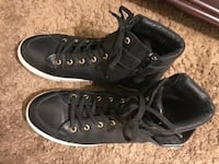$50 size 9 Steve maddens women's shoes Mississauga, L5M 4Z5