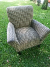 Arm chair very comfy and nice. 300 other  items. l Atlanta, 30318