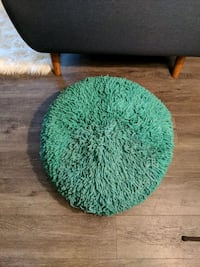 Turquoise round ottoman Burnaby, V5B 1N6