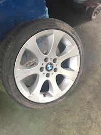 Bmw rim and tires  Whitby, L1R