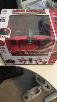 Mini orion hd  drone with colour screen remote, sd card and extra battery Tsawwassen, V4M 3X9