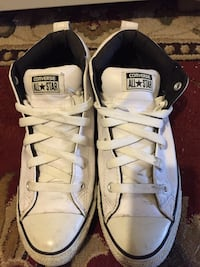 Pair of White leather boots size 9 1/2 Saint Paul, 55104