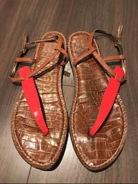 pair of brown leather sandals Markham, L6E 0H0