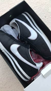 reputable site d0e0c 29e34 Used Nike Cortez Kung Fu Kenny III for sale in Cape Coral - letgo