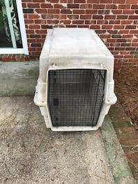 white and gray pet carrier Zebulon, 27597