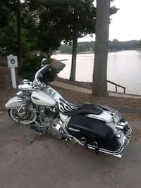 HARLEY ROAD KING CLASSIC  Fort Mill
